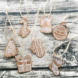 Mini tarjetas de deseos online-10 estilos Etiqueta de decoración navideña Calcetines Guantes Muletas Tarjeta de deseo en forma Papel Kraft Mini Etiquetas Suministros para fiestas 3 1lc E1