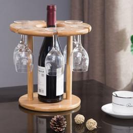 Vasos de copas de bambú online-Bastidor de soporte de vidrio de vino de bambú natural para 3/6 vasos y 1 botella de vino Barra de cocina Herramientas