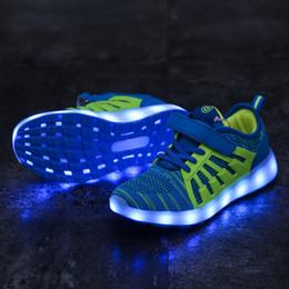Zapatos de baile online-Niños de verano Ghost Step Dance Shoes Kids Colorful LED Lamp Shoes Boy Girl Running Fly Weave Transpirable zapatillas de deporte al aire libre