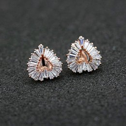 Topdo Womens Girls Dangle Earringss Asymmetrical Heart Shaped Pink Gemstone Hollow Hooks Daily Ear Cuff Simple Jewelry Gift 1Sets