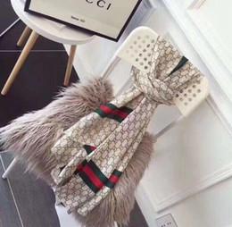 Diseñador de seda de lujo del bolso del bolso de la bufanda de las vendas de la nueva marca scraves de las mujeres de seda 100% de grado superior de seda de la bufanda bolsa de cintas para el pelo 90 * 180cm desde fabricantes