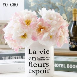 mazzo di rose rosa fiori Sconti Fiore di rosmarino di seta artificiale Bouquet da sposa damigella d'onore Mazzo di fiori rosa FAI DA TE Home Office Decorazioni da ufficio Disposizione dei fiori YO CHO
