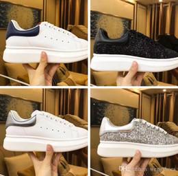Direto da fábrica Das Mulheres Dos Homens Rainha Sapato Linda Plataforma  Sapatilhas Casuais Sapatos de Designers de Luxo Couro Cores Sólidas Sapato  Esporte ... 7ee15657a6cf9