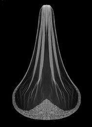 Uma camada de véu de casamento longo on-line-Véus nupciais de cristal luxuosos do véu do casamento da catedral da série um véu frisado de Bling Bling do casamento ou véu branco com