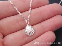 074d14890cd3 China 1 unid pequeña concha concha encanto collar colgante lindo shell  shello 3D collar collar de