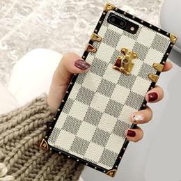 edizione telefono nero Sconti Luxury Grid Designer Cover Fashion Custodie per telefoni per iPhone X XR XS Max 8 7 6 6s Plus S9 Note 9 Soft scafo scafo con stringa di telefono GSZ508