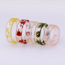 2020 anillo de resina transparente Claro calientes únicos Resina Anillo hecho a mano de flores secas epoxi anillos de los hombres de colores Patrón transparente joyería Anillos redondos para las mujeres anillo de resina transparente baratos