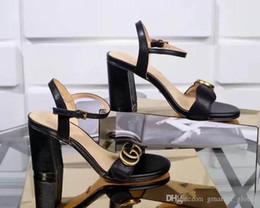 Heeled gummischuhe online-Neue Leder Sandale Damen Luxus Designer Sandalen Starke Ferse Leder Gummisohlen Schuhe Frau Schuh Sandalen