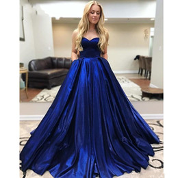 Blau formale 8. klasse kleider online-Dunkelblaues Ballkleid 2019 Quinceanera-Kleider Sweet 16 Dresses Simple Satin Strapless Lace-Up-Abschlussball-Kleider