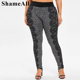 Plus größe legging grau online-Plus size schwarzer spitze farbe block grau leggings 3xl 5xl frühling streetwear sexy dünne hohe taille sportliche legging bleistift hose