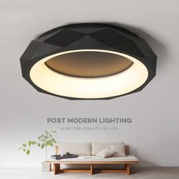 Apparecchio di rosa online-Black White round shape Modern LED Ceiling lights for living room bed room studio lighting Creative modern ceiling lamp fixtures I114