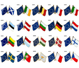 2020 cross lapel pin European Cross Friendship Flag Badge Flag Brooch National Flag Lapel Pin International Travel Pins Collections cross lapel pin economici