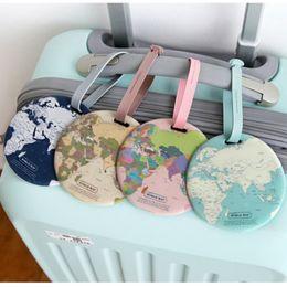 Saco de mapas mundiais on-line-World Map bagagem Name Tag Mulheres Acessórios de Viagem Silicon Suitcase ID Endereço Titular bagagem Boarding Tag portátil Etiqueta Bag