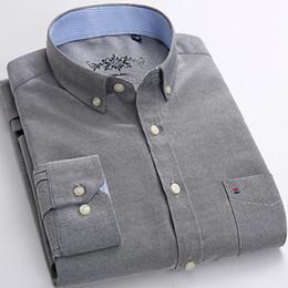 2019 hohe kleider Herren Plus Size Lässige Kleidung Einfarbiges Oxfordhemd Einzelne aufgesetzte Tasche Lange Ärmel Großer, regulärer Schnitt Button-down-Kragenhemden günstig hohe kleider