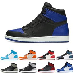 new product de584 2585d Nike air jordan 1 1s Vendita diretta 1 1s scarpe da basket da uomo  Frammento New Love Black Toe Gold Top 3 Pine Green Shadow Camo Chicago  sneakers sportive ...