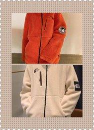 Новый шаблон Северного лица свитер одежда с коротким рукавом пальто куртка кашемир женщина мужчины дизайн рубашки мода горячая!!!Ноль ноль один от Поставщики оптовый меховой воротник