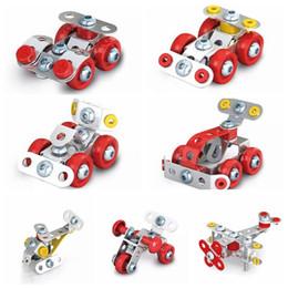 2019 coches de juguete de montaje Ensamblaje 3D Metal Ingeniería Vehículos Kits de modelo Coche de juguete ATV Motocicleta Helicóptero 4WD Construcción de automóviles Puzzles Artículos novedosos CCA10822 60pcs rebajas coches de juguete de montaje