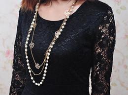 fiore abbigliamento all'ingrosso Sconti Ciondolo catena maglione lungo moda moda, multi-strato Pearl Rose Blossom accessori abbigliamento donna gioielli collana all'ingrosso