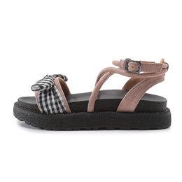 f95f9ffde4b0 Tamanho grande mulheres sandálias Bowtie sandálias de lazer cruz amarrado mulher  sandália banda estreita lady flats verão à beira-mar sandália zy240