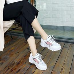 2019 petites chaussures 32 2019 printemps nouvelles chaussures de sport coréenne occasionnels chaussures plates de petite taille 30 31 32 grande taille 41-44 bas chaussures étudiantes simples promotion petites chaussures 32