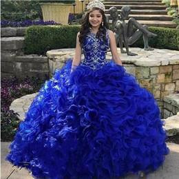 Vestidos de quinceañera con volantes de organza azul online-Vintage con gradas en cascada de volantes Royal Blue Quinceañera Vestidos Jewel Neck Crystal Organza Sweet 16 Vestido Vestidos 15 años