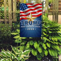 2019 bandiera 12x18 Donald Trump per President 2020 Garden Flag 12x18 inch Keep America Grande Outdoor Divertente Decorativo Prato Prato Bandiere Elezione Banner B61201 bandiera 12x18 economici