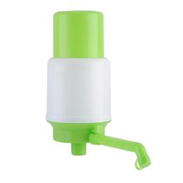 metallschüttlerbecher Rabatt Großhandel - Trinkwasserpumpe mit Schlauchverlängerungen Abnehmbarer Schlauch Innovative Vakuumaktion Manueller Pumpenspender