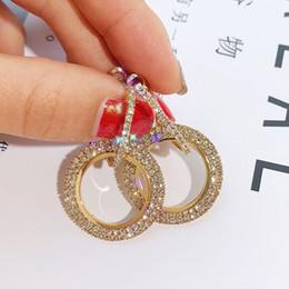 Серьги с бриллиантами онлайн-Роскошный белый бриллиант мощеные свадебные серьги женские серебряные золотые большой круг мотаться обруч серьги ювелирные аксессуары