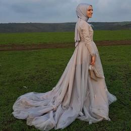 Saudi Arabisch Dubai Kaftan Muslim Brautkleid Langarm Hijab Stehkragen Feder Kristall Gericht Zug Gothic Schwarz Brautkleid von Fabrikanten