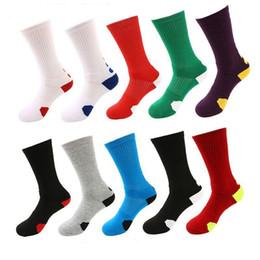 Los hombres al por mayor espesan los calcetines de la toalla de los deportes al aire libre calcetines de alta calidad de los hombres de la élite rofessional calcetines del fútbol del baloncesto Envío libre desde fabricantes