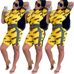 2019 trajes de club nocturno de dos piezas FF Mujeres Diseñador Chándal Chaqueta de manga corta Abrigo + Pantalones cortos de dos piezas Trajes de Lujo Streetwear Night Club Party Clothing S-2XL C42507 trajes de club nocturno de dos piezas baratos