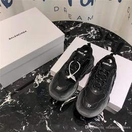 Las mejores marcas de zapatillas de calidad online-2019 Multi Luxury Designer Triple S Low Old Dad Sneaker Soles de combinación Pareja Marca de moda zapatos casuales mejor calidad tamaño 35-45