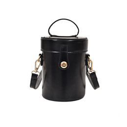 spring totes Promo Codes - 2019 Spring Autumn Fashion Women Bag Retro Pure Color Feather Bucket Crossbody Bag Compact Messenger Shoulder Bags