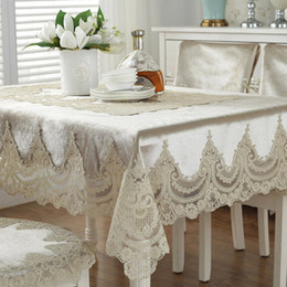 Luxus bestickte tischdecke online-Europe luxury embroidered tablecloth table dining table cover lace table cloth Thick gold velvet retro home fabric chair cover T200107
