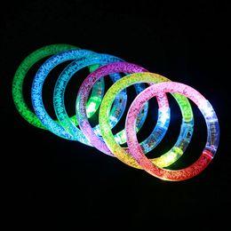 Crianças, piscando, pulseiras on-line-Bangle festa de Natal Criativo LED Glitter Brilho Pulseira o Flash Light Stick acrílico cristal Gradiente Mão Anel Suprimentos Kid Toy DBC VT0947
