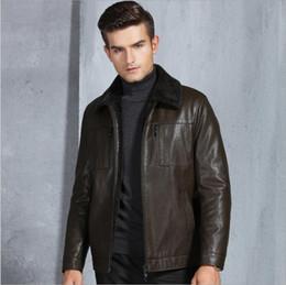 2019 casaco de veludo homem curto 2019 outono inverno homens de alta qualidade clothing duplo zíper lapela casaco de pele de couro estilo curto jaqueta de veludo de couro leatherwear casaco de veludo homem curto barato