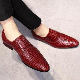 Plus Size 38 ~ 48 Männer Schlange Lederschuhe Kleid schnüren sich oben Spitze Zehe Rot Blau italienischen Anzug Hochzeit Schuhe Herren Zapato Formal