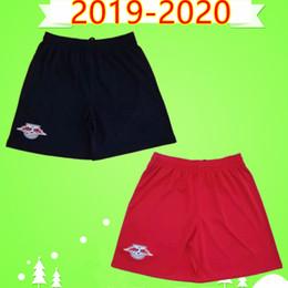 Herren-shorts rote hosen online-RB LEIPZIG Top thailand 19 20 fußball shorts Erwachsene herren 2019 2020 zuhause rot auswärts schwarz fußball hose WERNER FORSBERG HALSTENBERG SABITZER