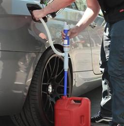 Bomba de aceite libre online-Envío gratis Portátil Manual de Transferencia de Sifón Bomba Eléctrica Lechón Manguera para Gasóleo Agua Accesorios para Coche