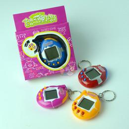 Llaveros divertidos online-Diversión 49 en 1 llavero Tamagotchi llaveros electrónicos para mascotas con caja de cartón al por menor 7 colores llaveros de juguete para niños envío gratis