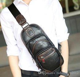продажа кожаных сумок Скидка продажи бренда мягкая и удобная кожаная сумка сундук пакет личность цвет человек ранец хит улица ветер кожаная сумка повседневная сумка