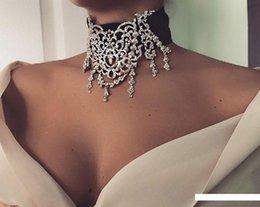 stile europeo e americano gioielli corte esagerata collana di strass cava da misuratori di filo fornitori