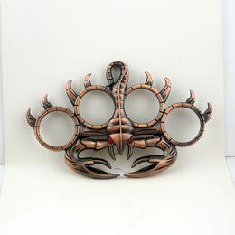 regalo para hombre de Navidad! Diseñador del anillo del nudillo plumero escorpión anillo de defensa mens forma de herramienta de defensa exterior de acero inoxidable del envío desde fabricantes