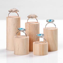 ensembles d'affichage de vitrine de bijoux Promotion 5pcs / set diamètre 2.5cm présentoir à bijoux en bois présentoir de bague en bois présentoir à bijoux