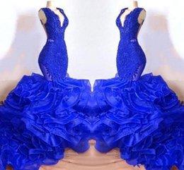 Backless african lace kleider bilder online-Royal Blue Lace Meerjungfrau Abend Party Kleider 2019 Echt Bild Rüschen Tiered Rock Rückenfreies Abendkleid Aus Afrikanischen Anlässen