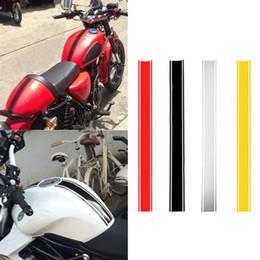 2019 apertos para guiador kawasaki Motocicleta adesivos combustível DIY tampa do reservatório reflexivos adesivos Riscas corridas adesivos 50 * 4.5cm