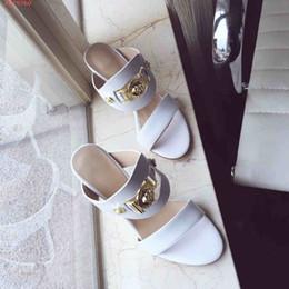 Sandálias de contas on-line-Nova moda sandálias de salto alto sapatos de Alta qualidade lady red chinelos vermelho e preto e branco contas de unhas Com Saco de Pó