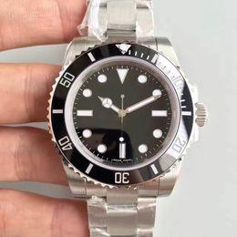 Uhr NO DATE 114060 Serie 40MM Keramikring klassisch schwarz SUB Uhr Automatikwerk Saphirglas von Fabrikanten