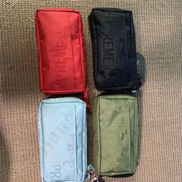 2019 marca de luxo cosméticos saco Sup 19ss Marca Mulheres Designer de Cosméticos Saco Supre Cartas Sacos de Maquiagem Bolsas de Embreagem Carteiras de Viagem de Luxo Organizador Saco de Higiene Pessoal B7201 desconto marca de luxo cosméticos saco