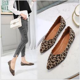 leopardo impressão flats apontou dedo Desconto Primavera Mulheres Flats Leopardo Impresso Dedo Apontado Fosco superfície Mulheres Lazer Sapatos de Senhoras Flats Confortável único sapatos